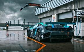 Картинка тучи, McLaren, GT3, MP4-12C, Von Ryan Racing, мокрый трек