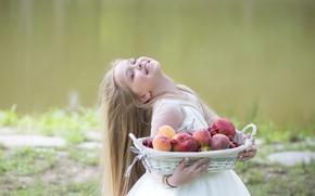 Картинка вишня, улыбка, платье, девочка, girl, фрукты, персики, fruit, child