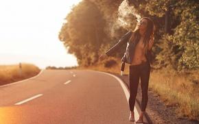Картинка дорога, девушка, дым