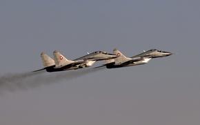 Обои истребитель, небо, полёт, МиГ-29