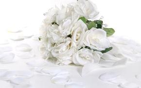 Обои нежность, романтика, бусины, белые розы
