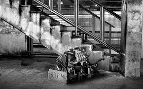 Картинка черно-белая, Лестница, Мотор, Двигатель, Помощь