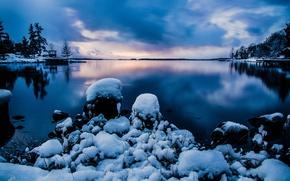 Картинка снег, природа, зима, Stockholm, Стокгольм, Швеция, вечер, вода, Sweden, небо, камни