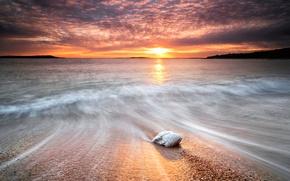 Картинка море, волны, небо, вода, солнце, закат, камни, берег, камень, выдержка, дорожка, потоки, блеска
