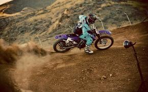 Картинка гонка, пыль, пилот, мотокросс, экстремальный спорт