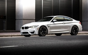 Картинка BMW, turbo, white, Coupe, power, germany, angel eyes, F82.tuning