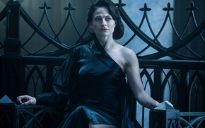 Обои cinema, film, brunette, movie, Blood Wars, dress, Underworld: Blood Wars, Lara Pulver, Underworld, vampire