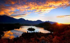 Картинка горы, Хорватия, остров, церковь, замок, озеро, остров Мльет, рассвет, лес