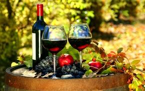 Картинка бутылка, бочка, вино, красное, гранаты, листья, бокалы, виноград, осень
