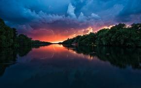 Обои Река, Парк, Молнии