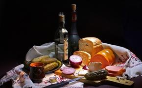 Обои бутылка, лук, хлеб, водка, колбаса, огурцы