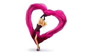 Картинка девушка, настроение, сердце, ожерелье, макияж, фигура, платье, прическа, блондинка, туфли, белый фон, ткань, перчатки