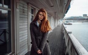 Картинка девушка, река, Россия, рыжеволосая, пальто, Георгий Чернядьев, Тоня