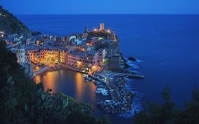 Картинка море, ночь, огни, бухта, Италия, Вернацца, Чинкве-Терре