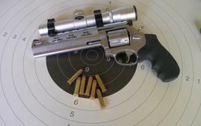 Картинка патроны, револьвер, мишень, оптический прицел, revolver, Taurus, 357 Magnum