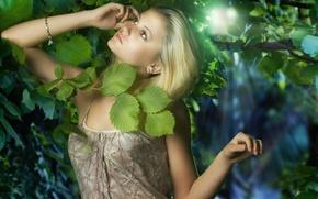 Картинка листья, девушка, свет, блондинка