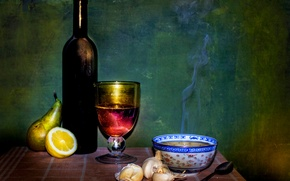 Картинка стол, бутылка, тарелка, натюрморт, A bowl of soup