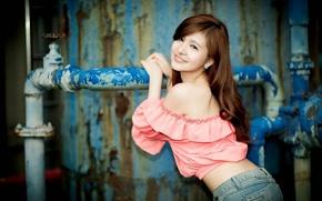 Обои девушка, азиатка, взгляд, улыбка