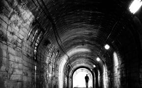 Картинка туннель, черно-белое, мужчина, депрессия, монохром, Меланхолия