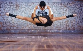 Обои шпагат, девушка, парень, танец, Urban Ballet, город