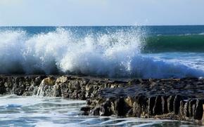 Картинка море, брызги, камни, скалы, волна