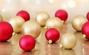 Картинка шарики, праздник, шары, новый год, рождество, красные, christmas, new year, много, золотые, елочные игрушки