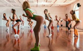 Обои движение, девушки, танец, зал, аэробика