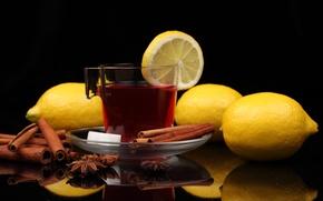Обои кружка, стол, чай, отражение, напиток, сахар, блюдце, бадьян, лимоны, корица