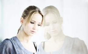 Картинка грусть, взгляд, девушка, отражение, актриса, блондинка, Jennifer Lawrence, голодные игры