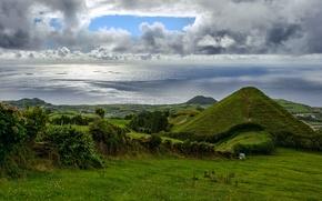 Обои луга, поля, горы, Франция, побережье, море, зелень, небо, облака