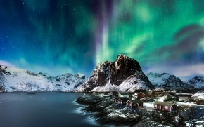 Обои море, Лофотенские острова, домик, горы, Норвегия, Северное сияние, скалы