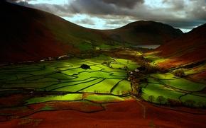 Картинка небо, деревья, горы, тучи, поля, долина