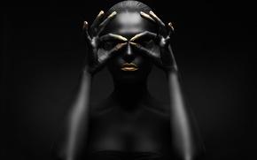 Обои figure, black, gold, makeup, pose