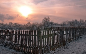 Картинка Забор, закат, зима, деревня