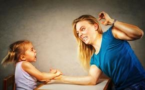 Обои победа, девочка, мама, Arm Wrestling
