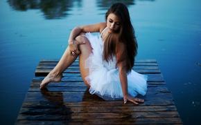 Картинка вода, девушка, поза, настроение, балерина, пачка, мостки