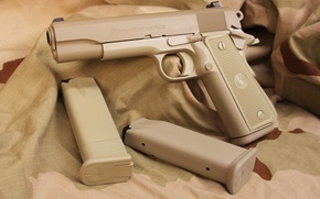 Обои .45 ACP, extra boots, .45, weapon, 1O shots, charger with capacity of 10 munitions, Para ...
