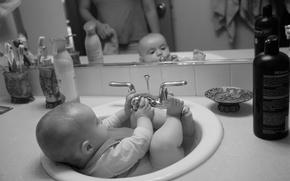 Обои дети, ребенок, купание, ванна