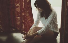Картинка девушка, шорты, рубашка