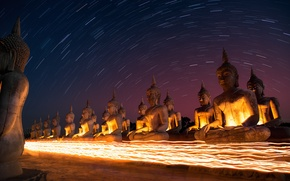 Картинка небо, звезды, ночь, Тайланд, Thailand, sky, night, stars, South, Star trails, Buddah, AtomicZen, Будды
