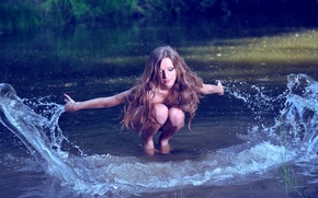 Обои вода, девушка, брызги, река, волосы, всплеск