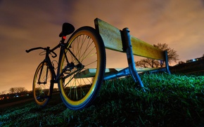 Картинка трава, облака, скамейка, Велосипед, сумерки