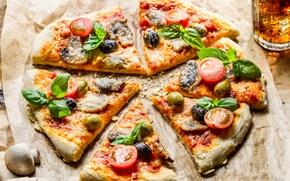 Картинка лед, стакан, грибы, еда, сыр, кусочки, напиток, пицца, помидоры, оливки, ломтики, маслины