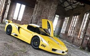 Картинка тюнинг, здание, дверь, Ferrari, феррари, Enzo, yellow, энцо, ZXX, Edo Competition, эдо компетишн