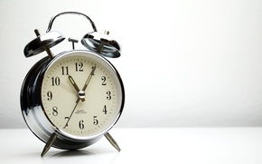 Обои metal, retro, alarm clock