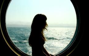 Обои море, волны, небо, девушка, горизонт, силуэт, иллюминатор