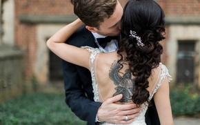 Обои прически, невеста, татуировка, девушка, жених, тату, поцелуй