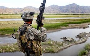 Картинка горы, оружие, солдат