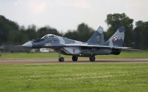 Картинка истребитель, аэродром, взлет, многоцелевой, MiG-29, МиГ-29