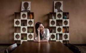 Картинка девушка, стол, комната, emotion, composition, expressive, emotive, Brina, Октябрина Максимова